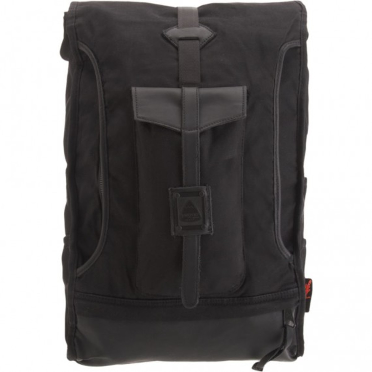 barneys-jansport-heritage-carbon-collection-hylan-01