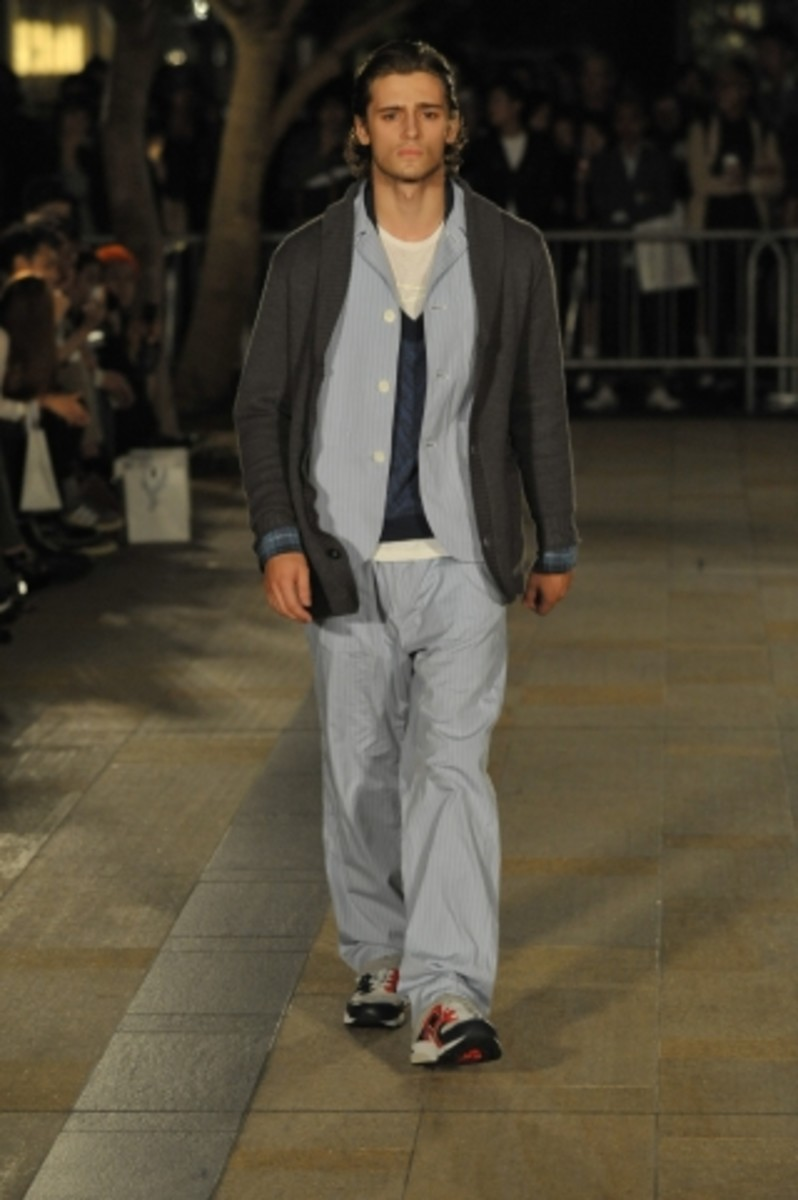 whiz-limited-spring-summer-2012-collection-runway-11