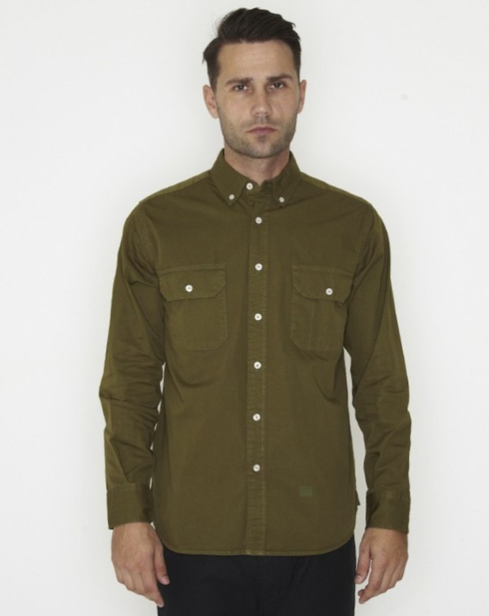 stussy-fall-2011-surplus-collection-conqueror-shirt-05