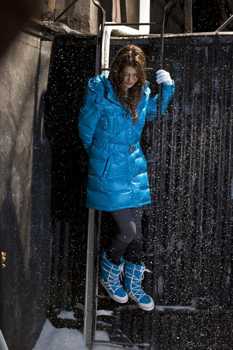 adidas-originals-women-collection-winter-2011-05