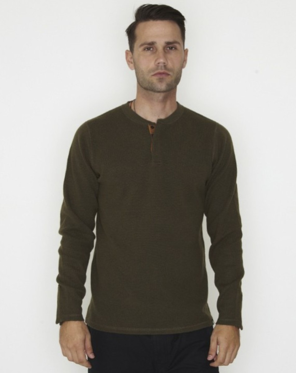 stussy-fall-2011-surplus-collection-three-way-henley-09