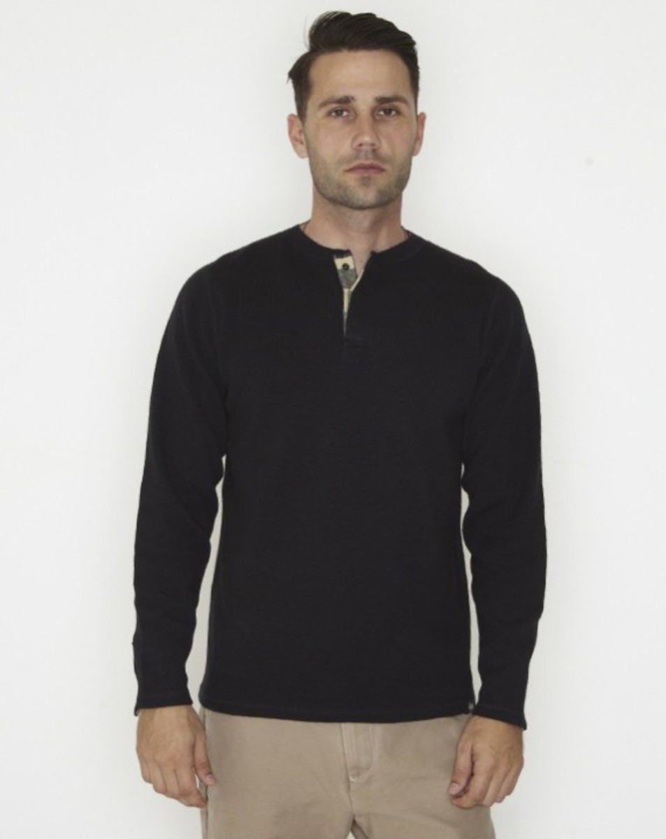stussy-fall-2011-surplus-collection-three-way-henley-05
