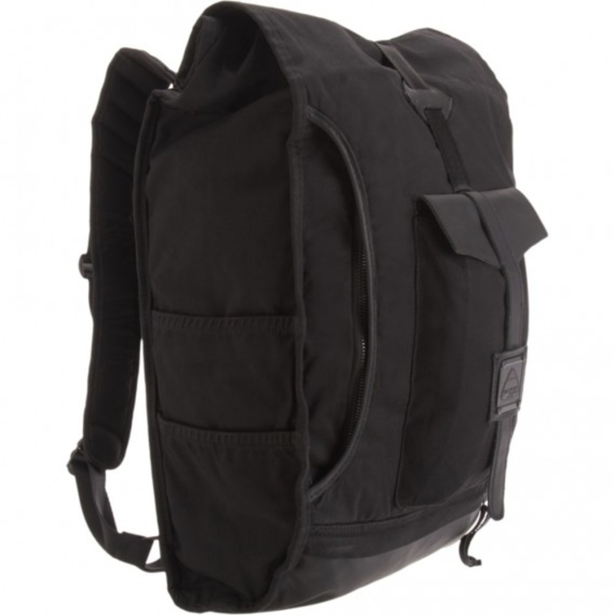 barneys-jansport-heritage-carbon-collection-hylan-02