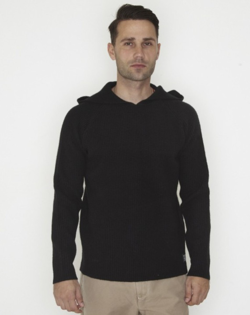 stussy-fall-2011-surplus-collection-rib-hoodied-raglan-01