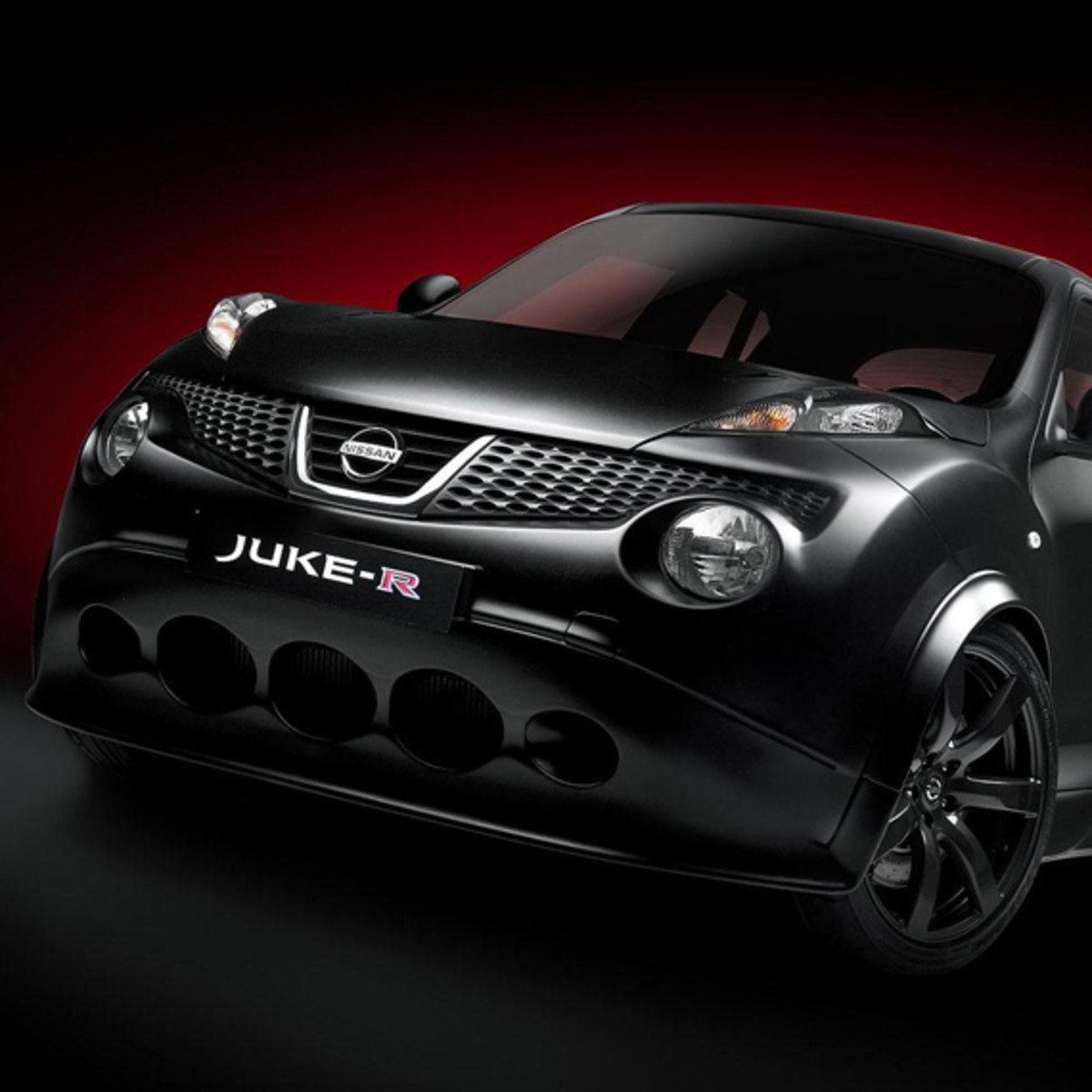 nissan-juke-r-officially-unveiled-02