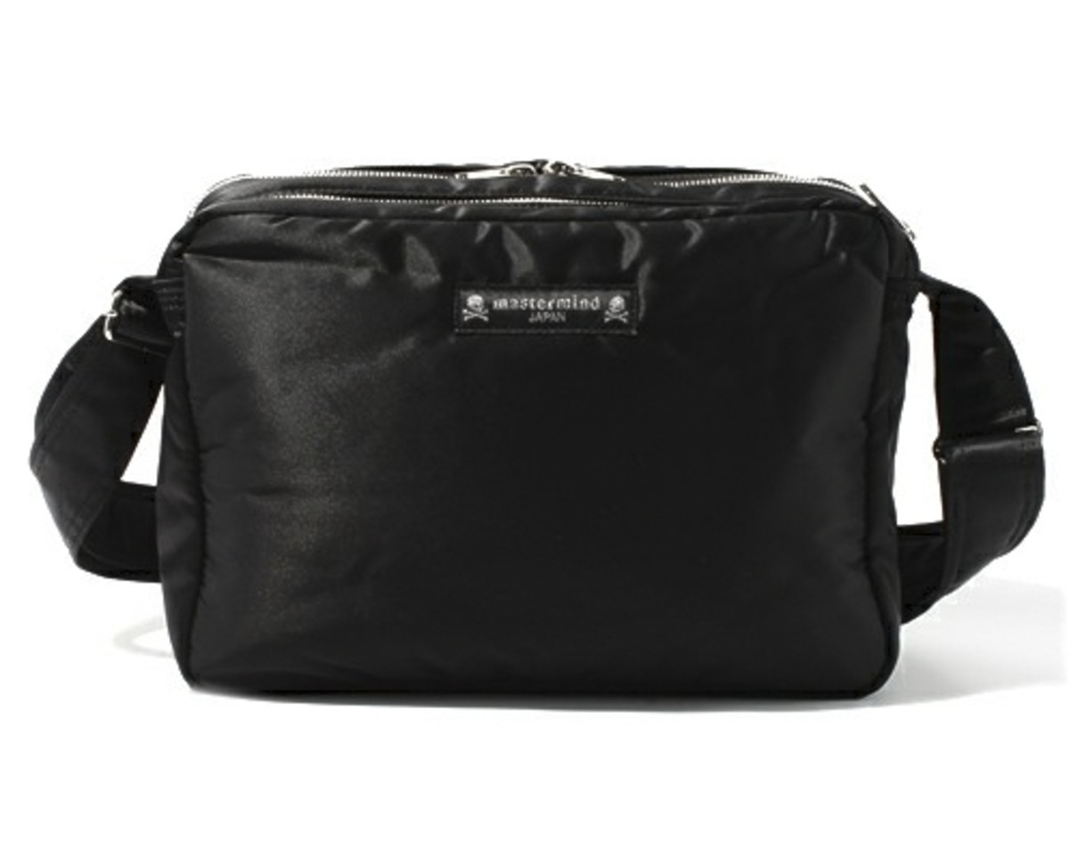 mastermind-JAPAN-porter-large-shoulder-bag-03