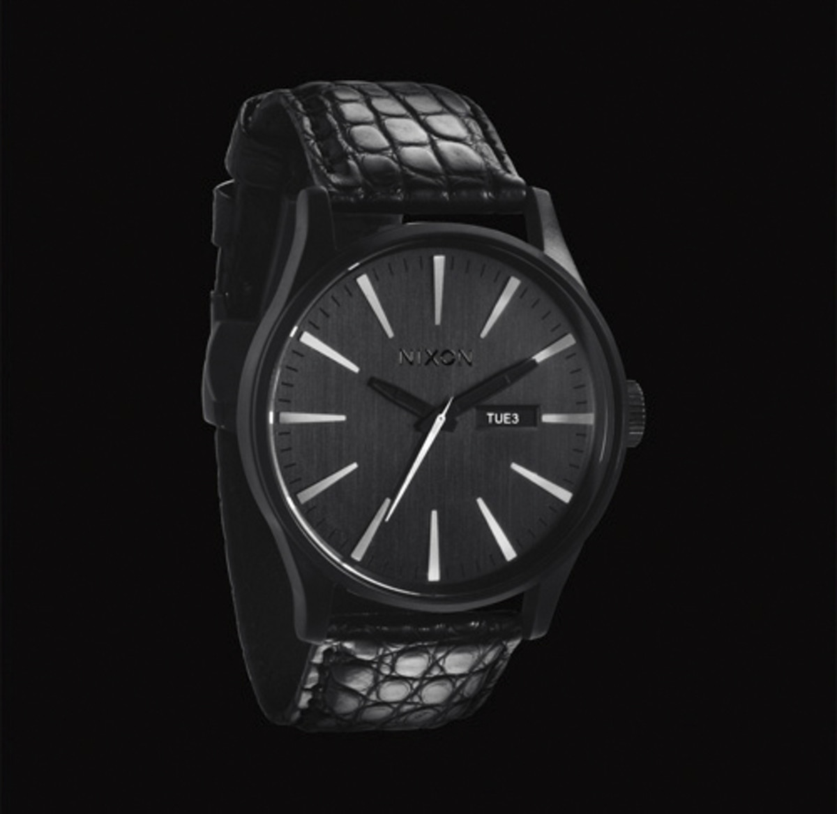 nixon-barneys-holiday-2011-03
