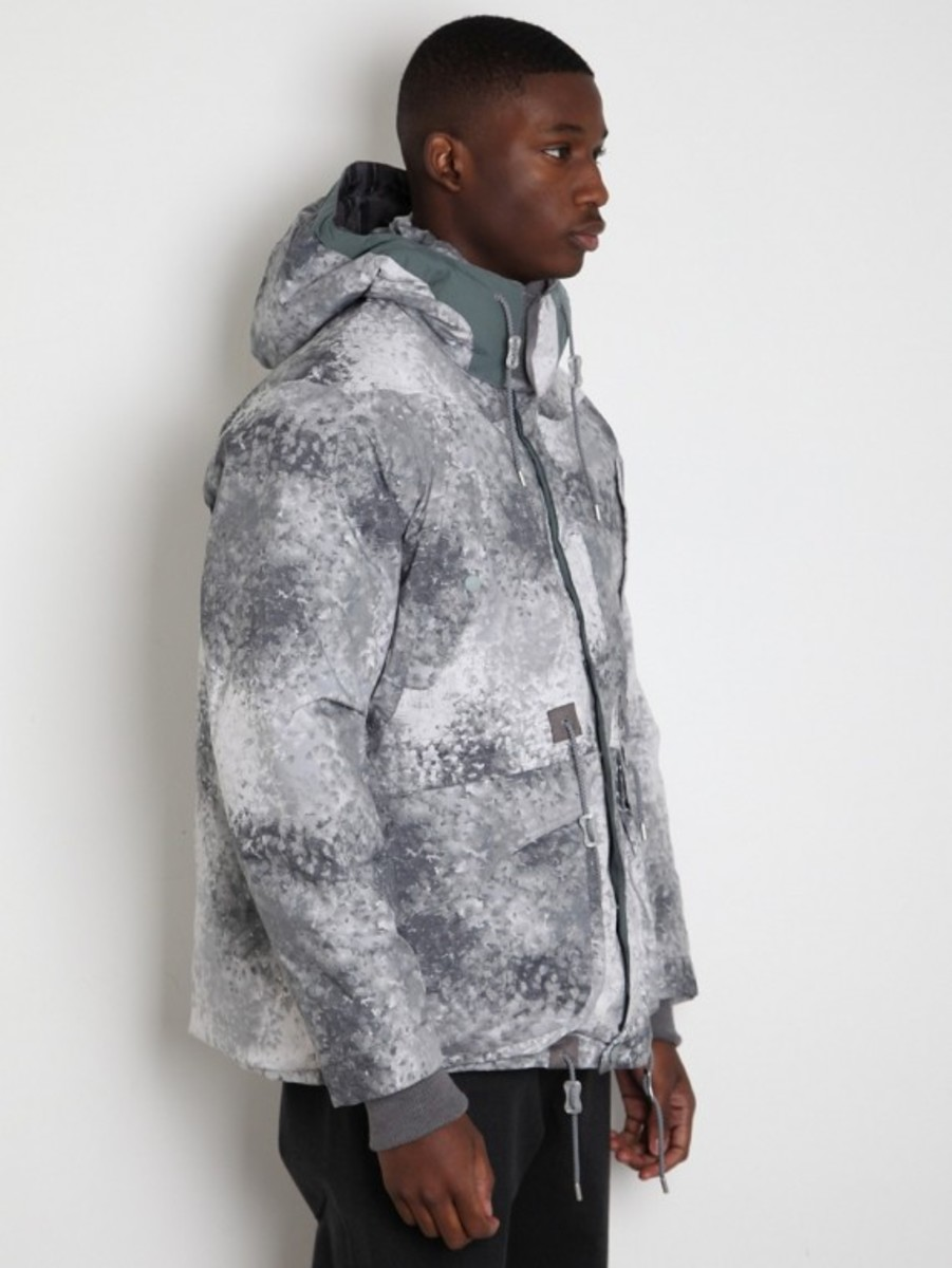 white-mountaineering-pertex-digital-camo-middle-down-jacket-02