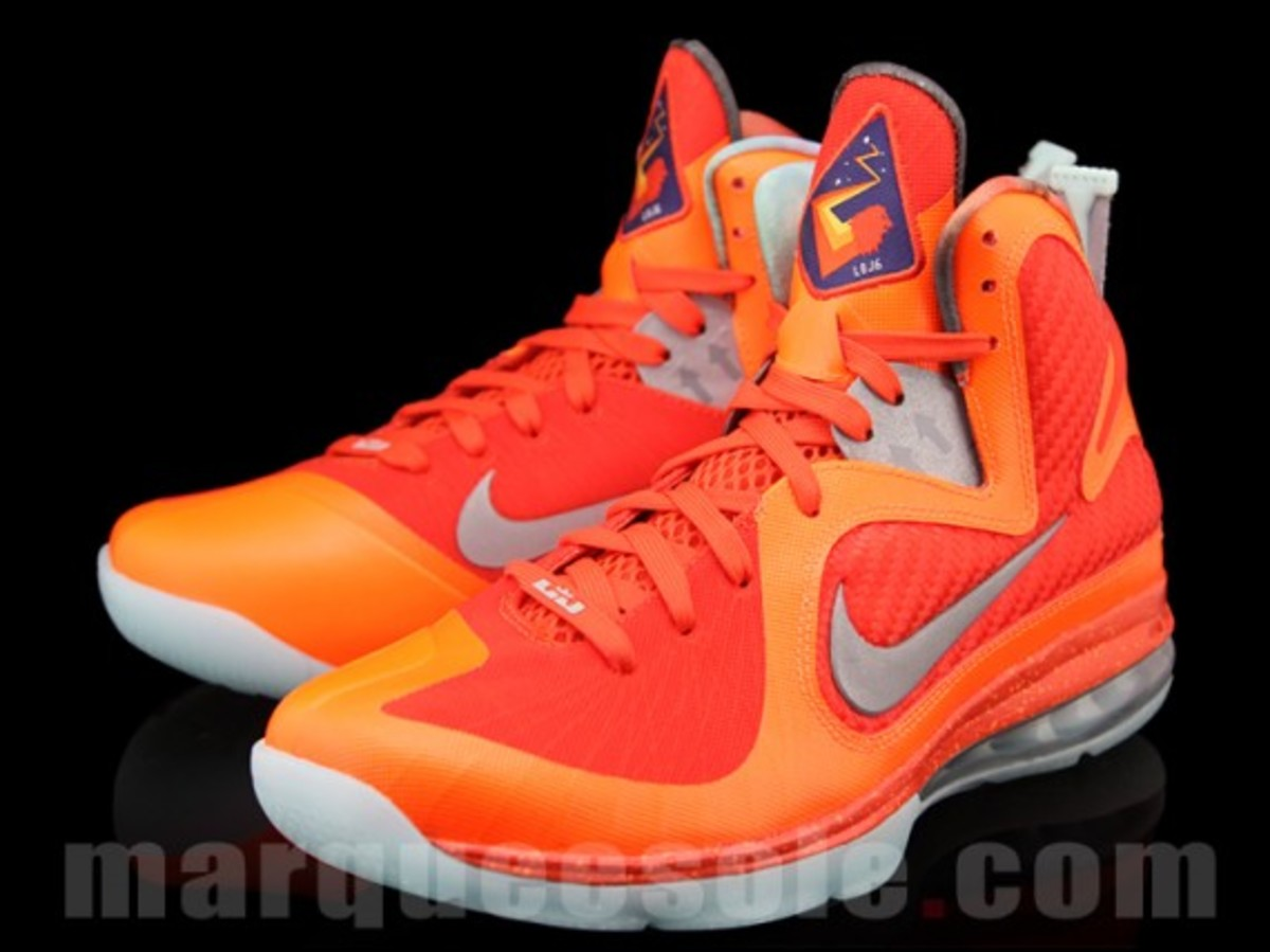 nike-lebron-9-big-bang-01