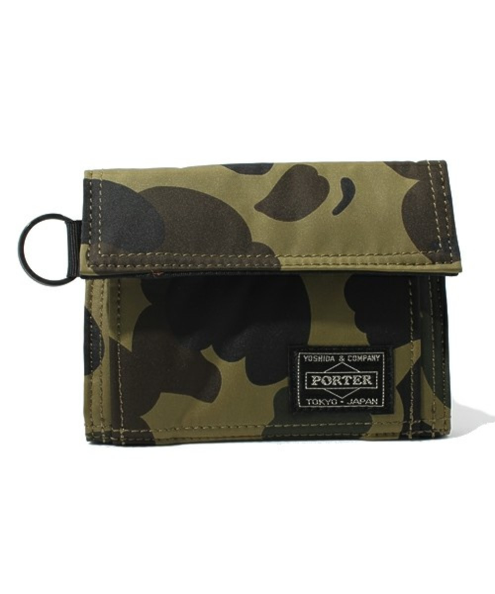 a-bathing-ape-porter-1st-camo-wallet-01