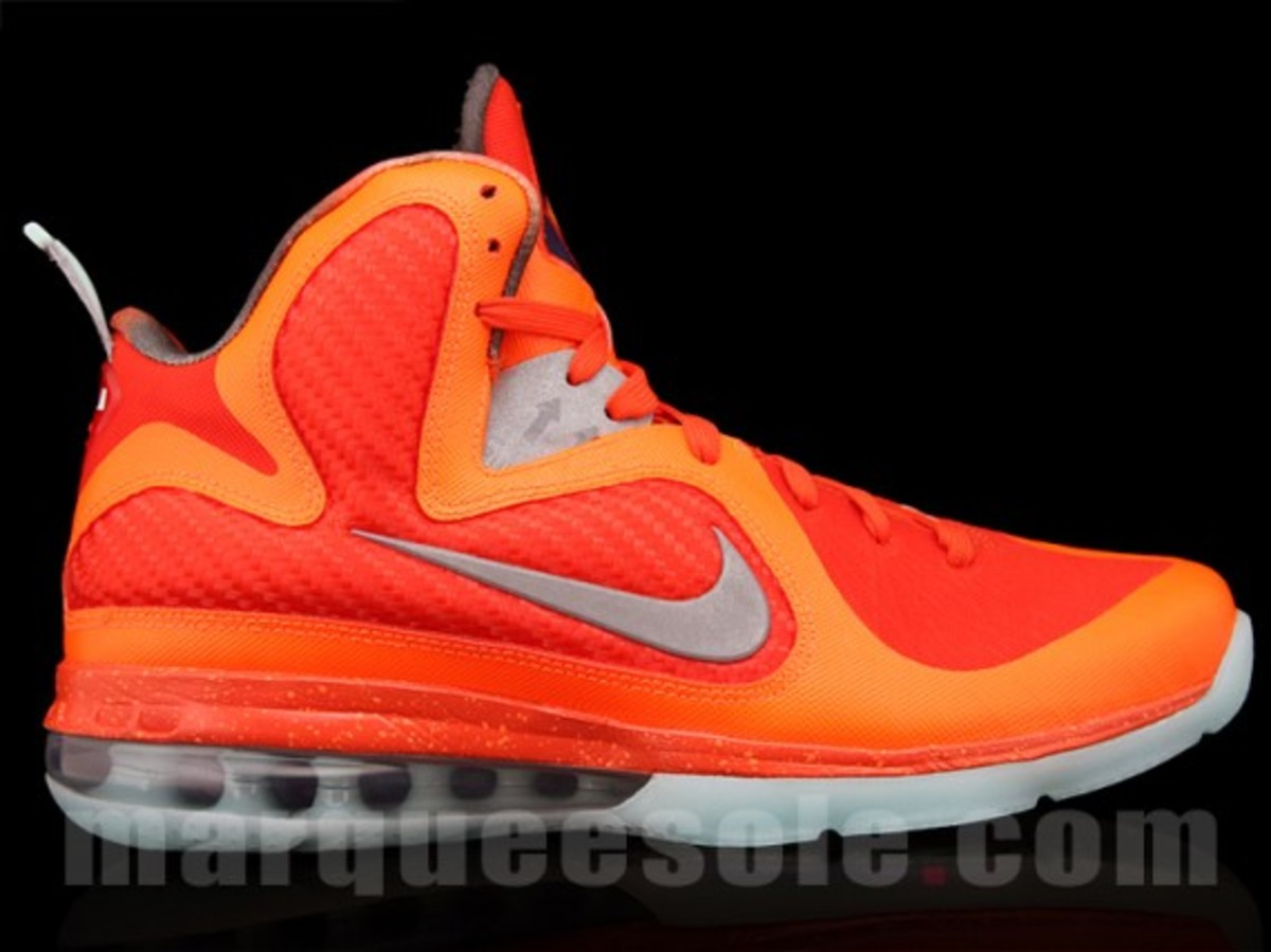 nike-lebron-9-big-bang-02