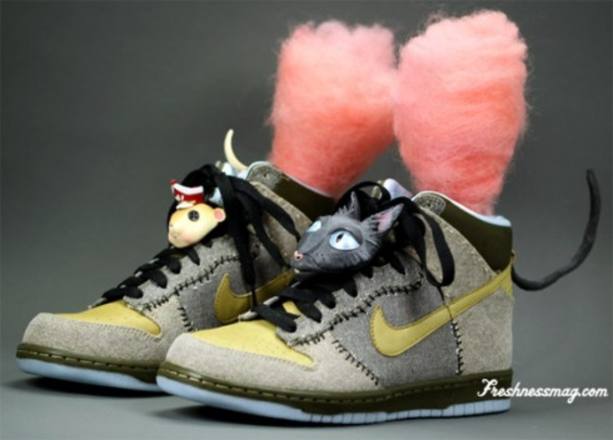 Nike x Coraline Dunk - Movie Props Edition