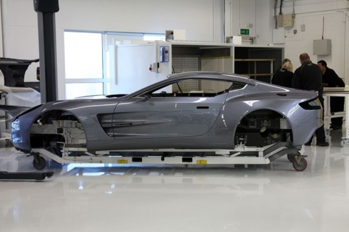 Aston-Martin-One-77-How-To-Make-06