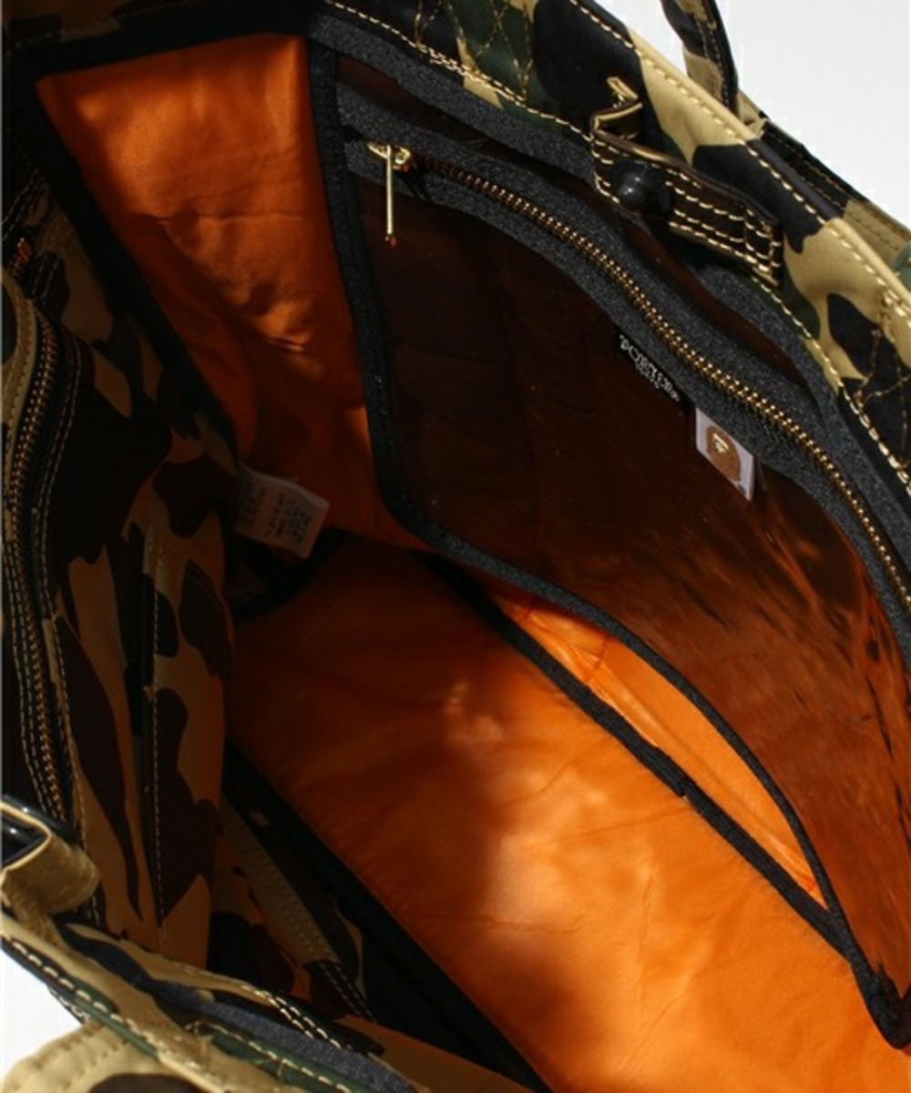 a-bathing-ape-porter-1st-camo-tote-bag-04