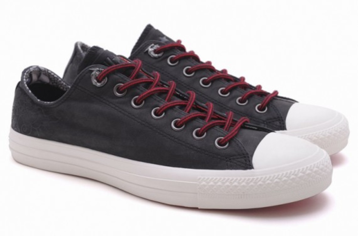 converse-chuck-taylor-all-star-leather-hi-ox-dragon-06