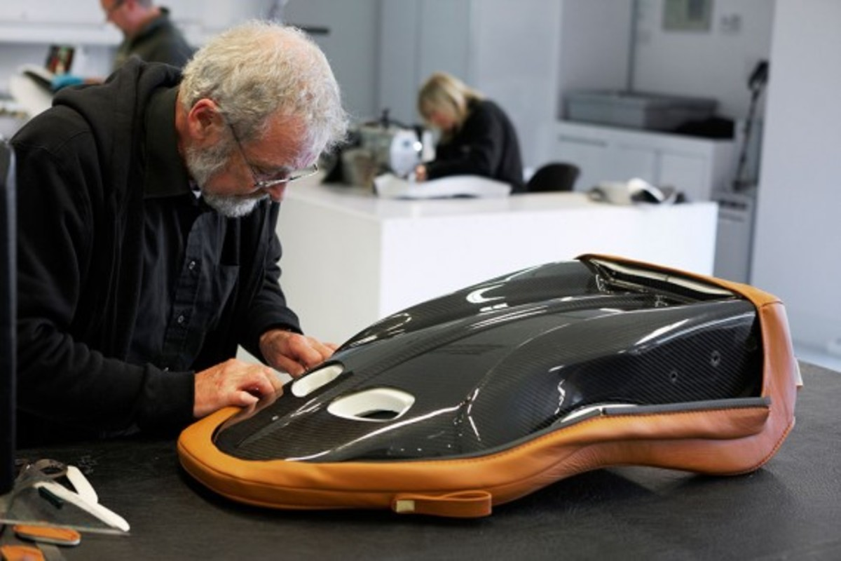 Aston-Martin-One-77-How-To-Make-03
