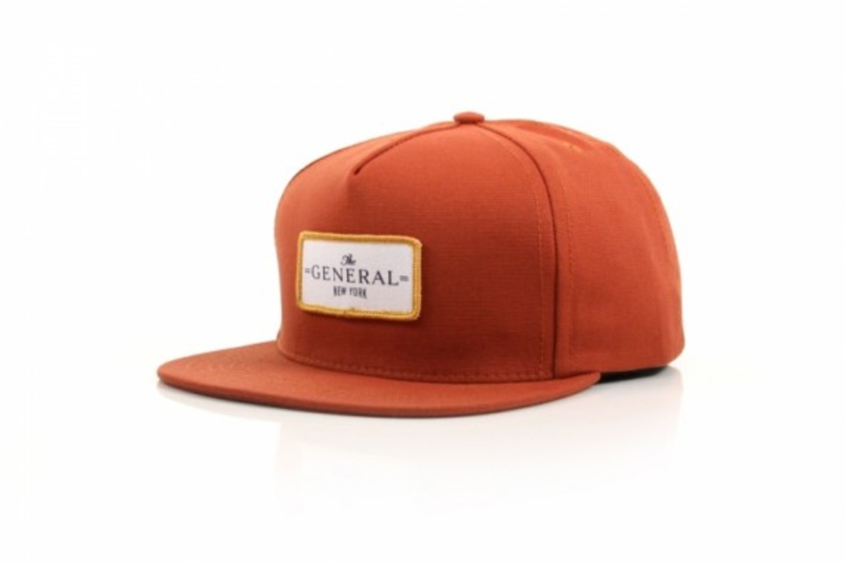 dqm-vans-the-general-snapback-02