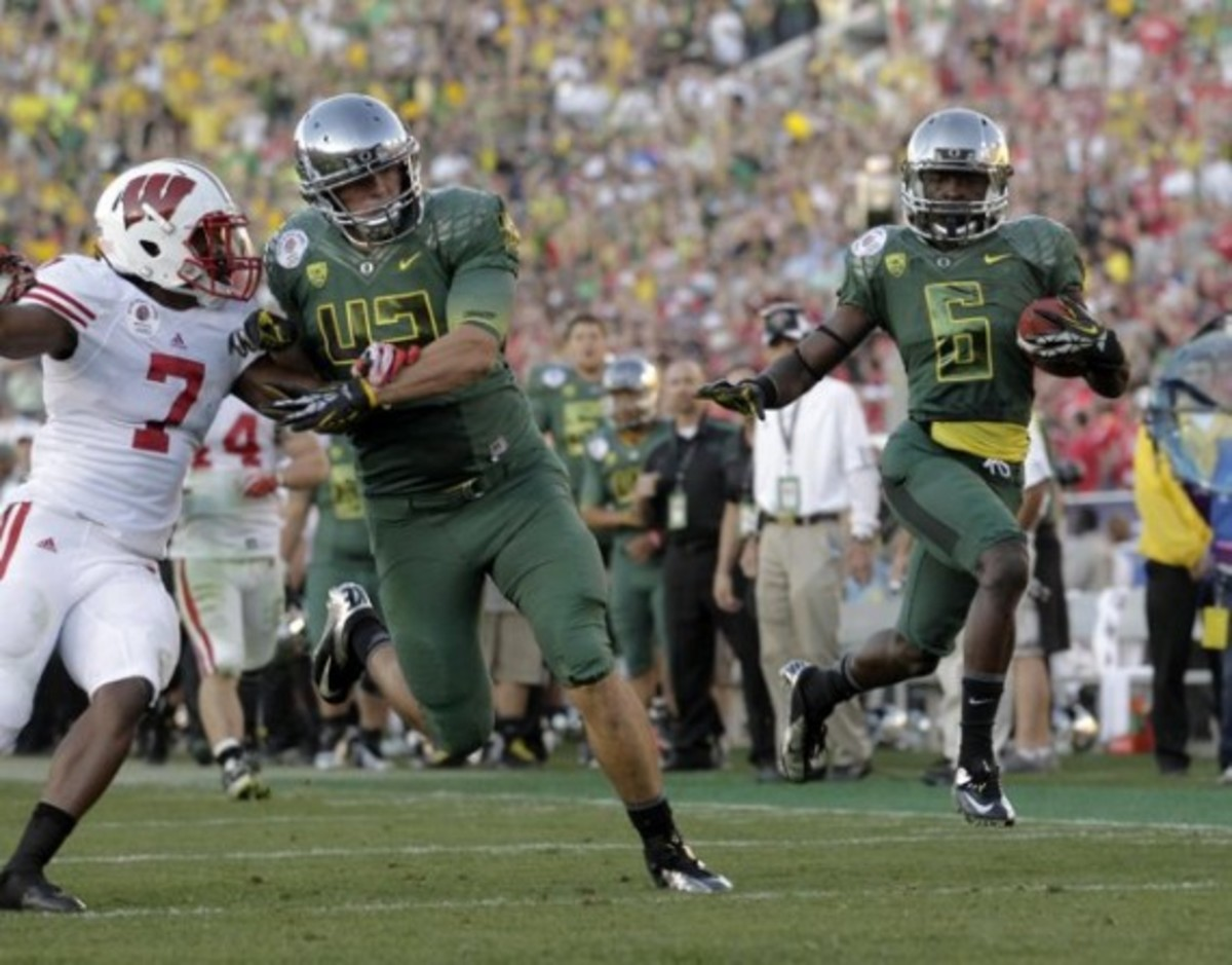 university-oregon-ducks-rose-bowl-09