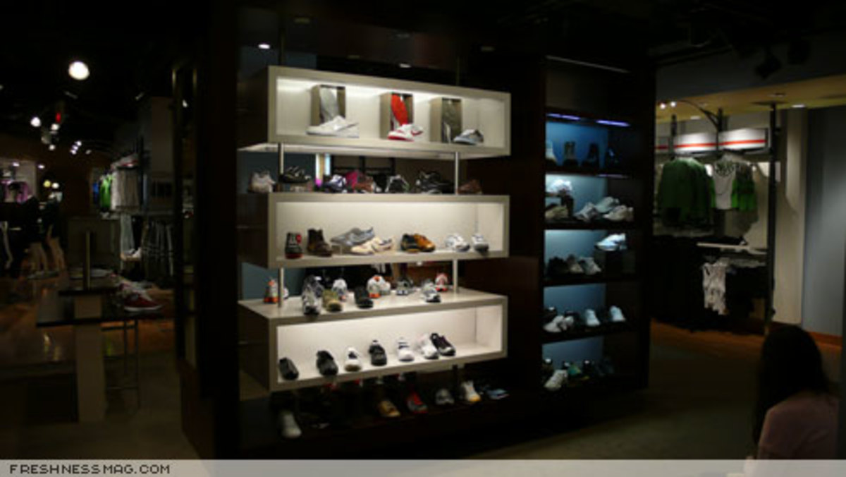 Freshness Feature: Niketown Los Angeles - 14