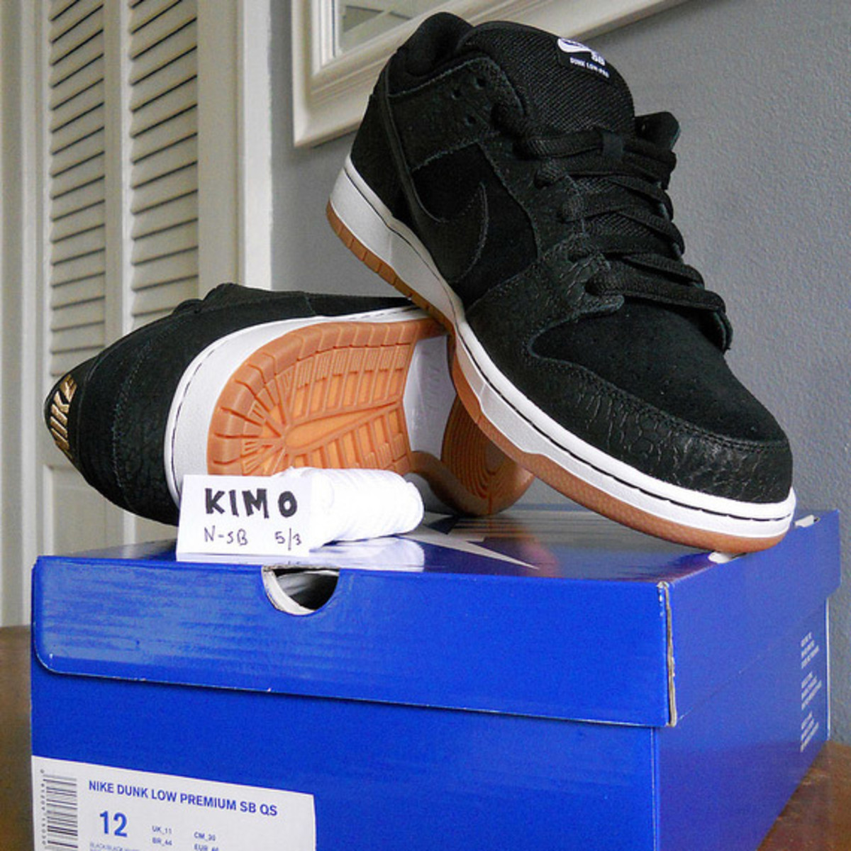nike-sb-dunk-low-nontourage-04