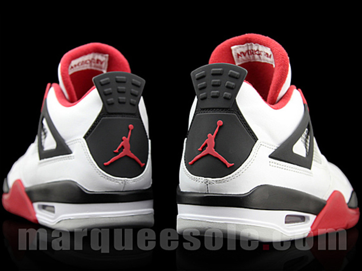 air-jordan-iv-fire-red-05