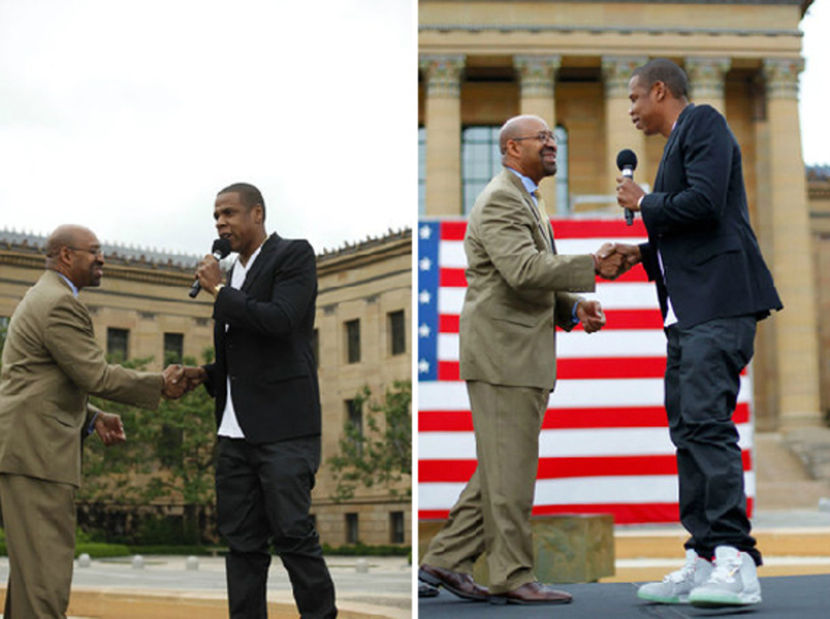 jay-z-air-yeezy-2-wolf-grey-01