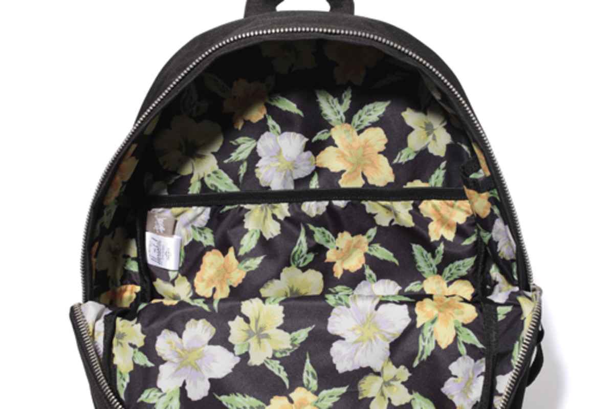stussy-herschel-supply-co-bag-collection-04