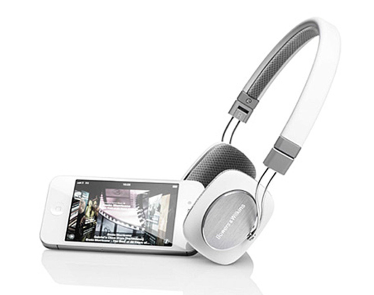 bowers-and-wilkins-p3-headphones-04