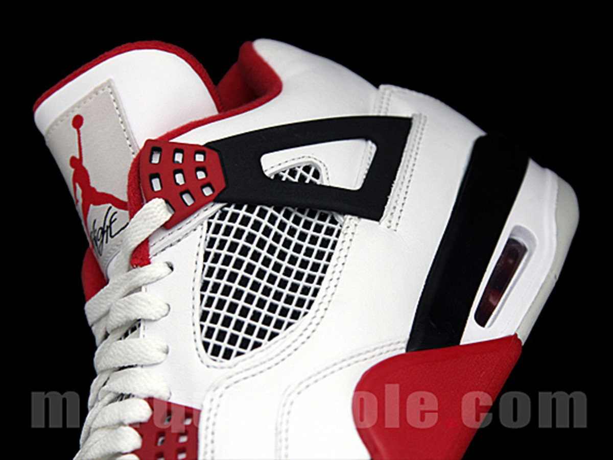 air-jordan-iv-fire-red-07