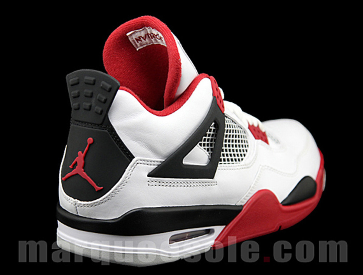 air-jordan-iv-fire-red-03