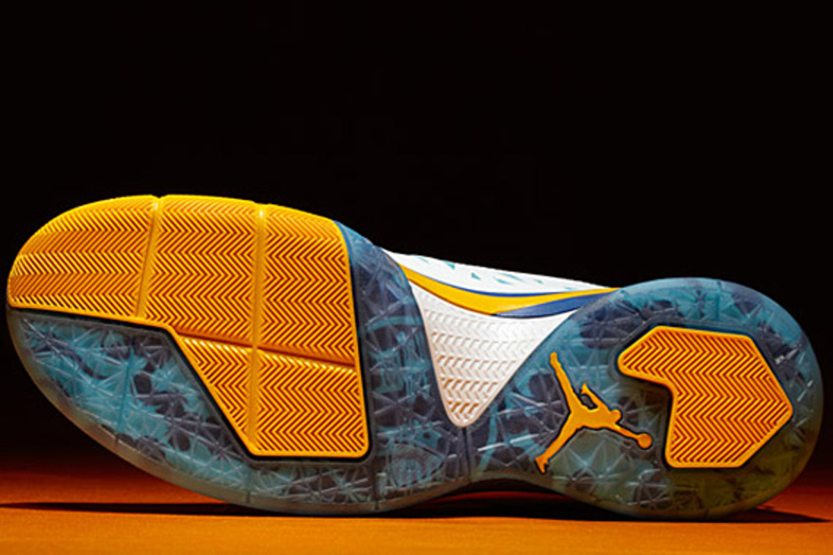 jordan-cp3-v-year-of-the-dragon-release-06