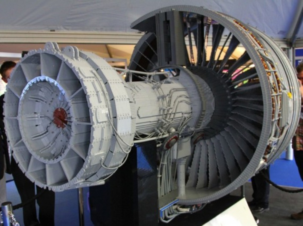 rolls-royce-lego-jet-engine-02