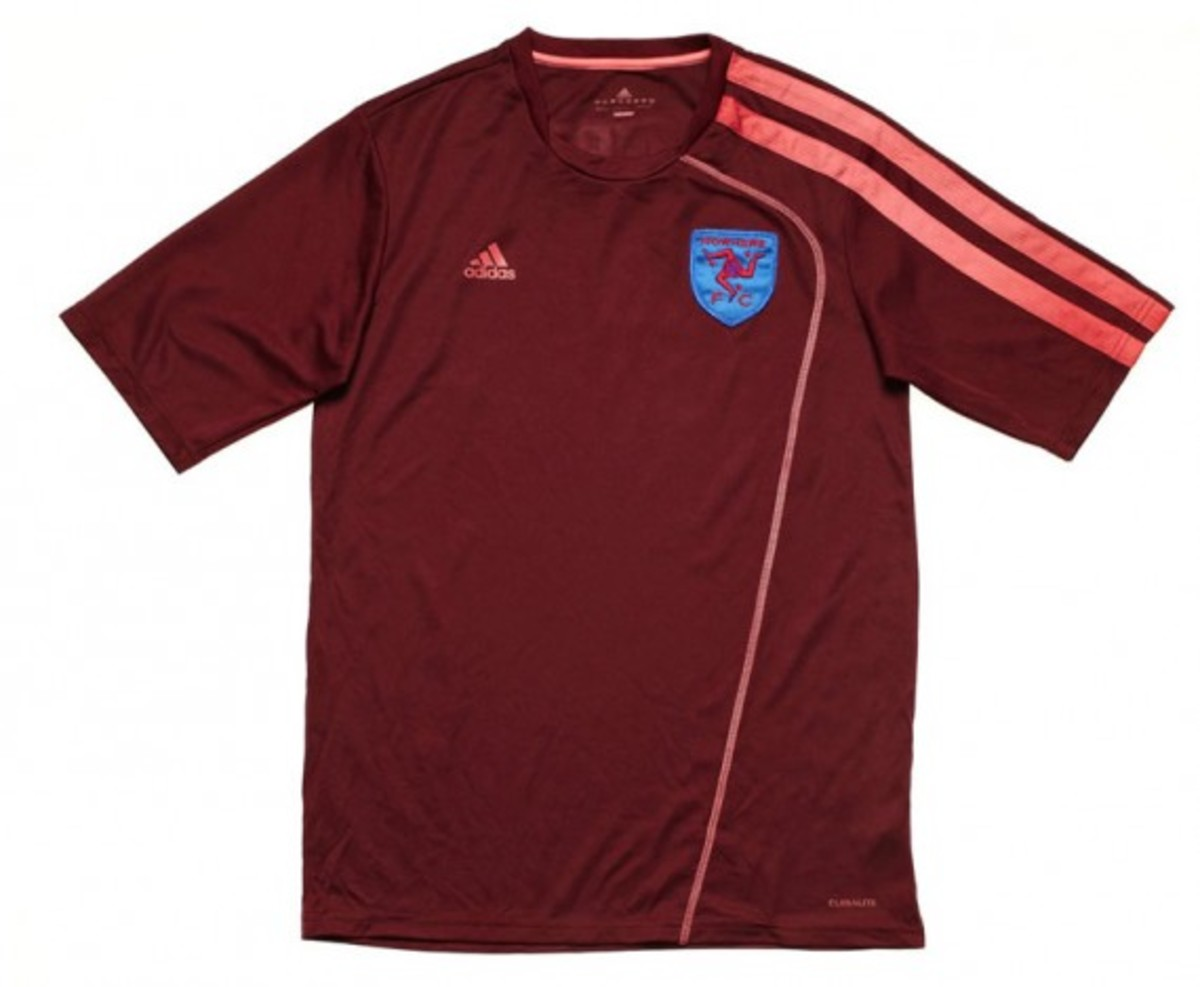 adidas-fanatic-xi-soccer-tournament-2012-team-jersey-kits-05