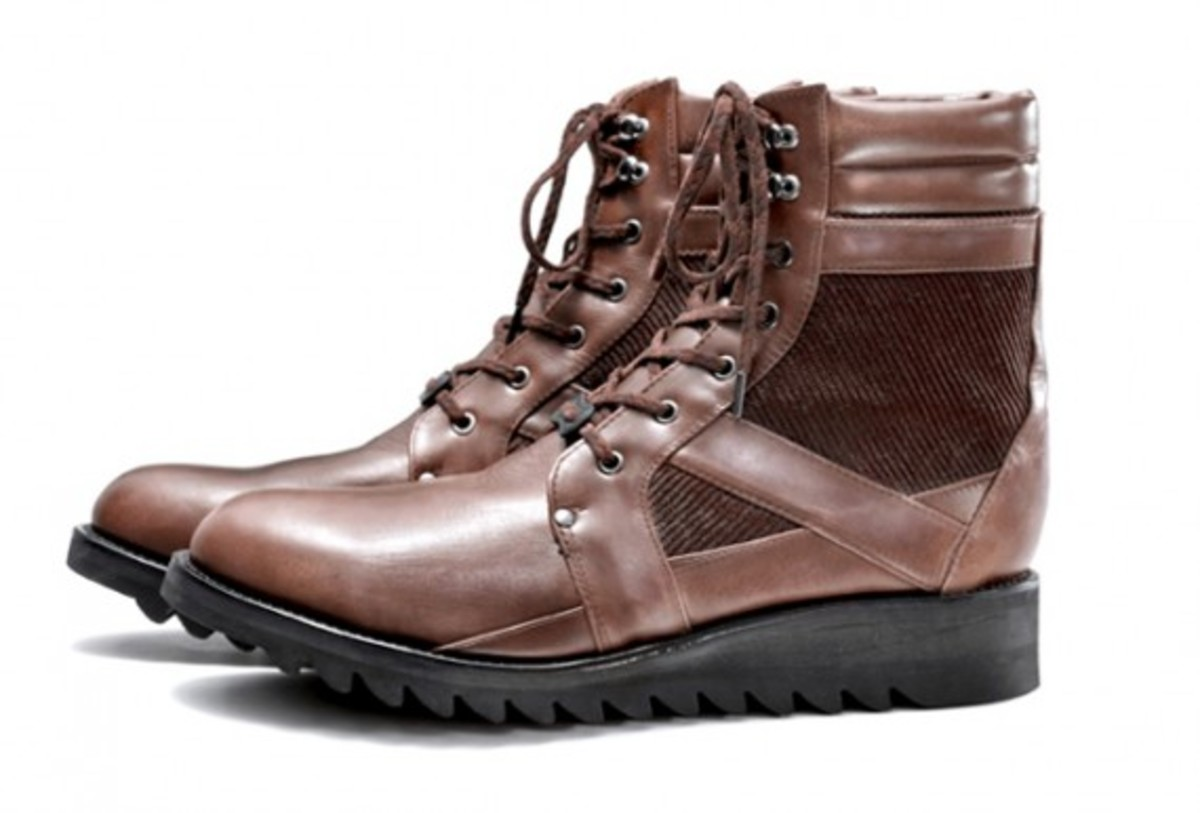 white-mountaineering-fall-winter-2012-footwear-collection-05