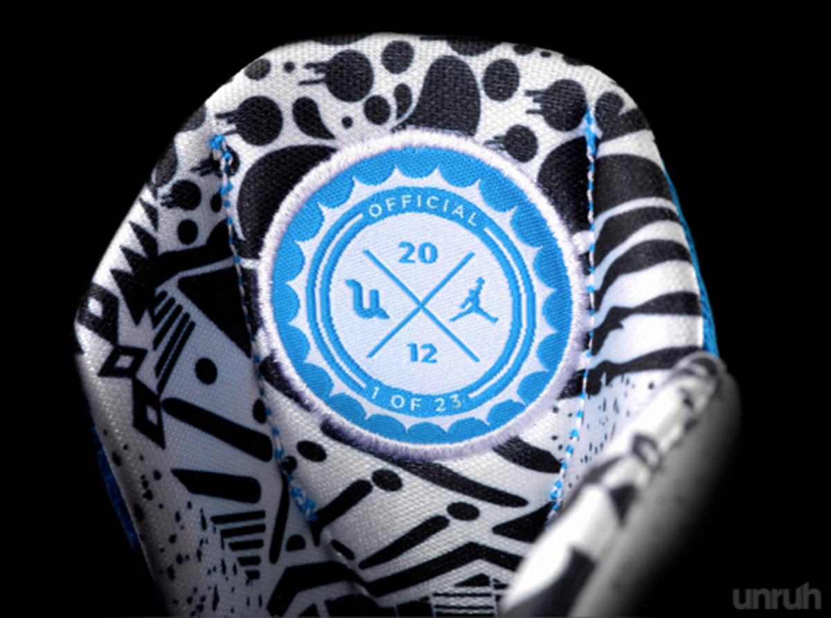undertow-design-jordan-super-fly-charity-auction-edition-06