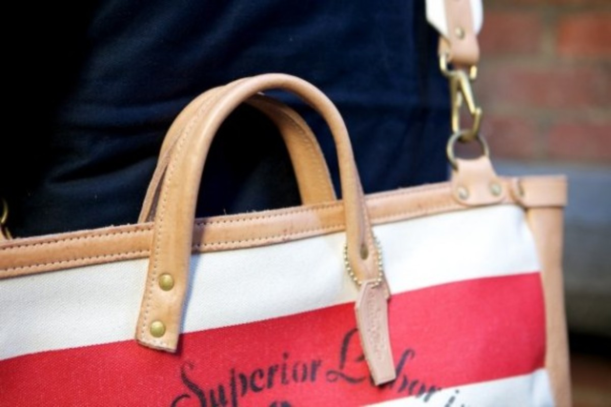 superior-labor-shoulder-bag-06