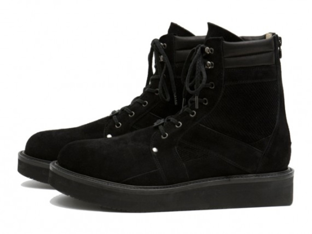 white-mountaineering-fall-winter-2012-footwear-collection-17