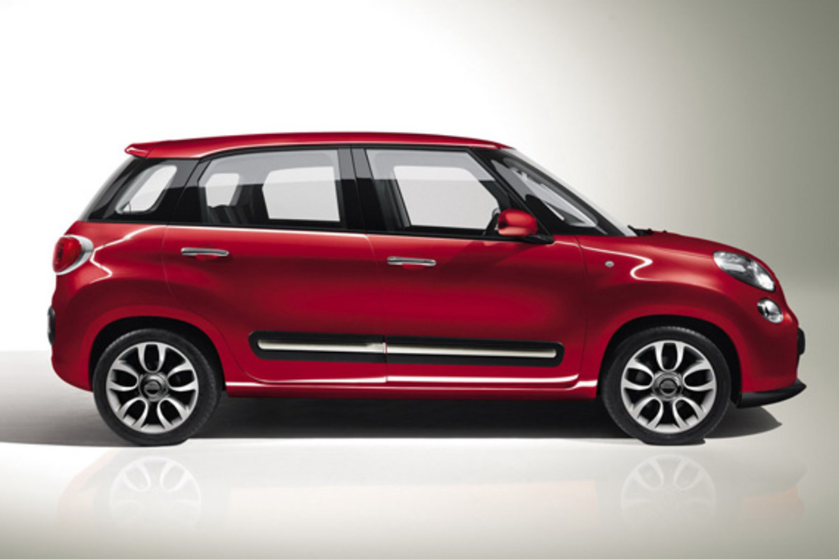 fiat-500l-officially-unveiled-36