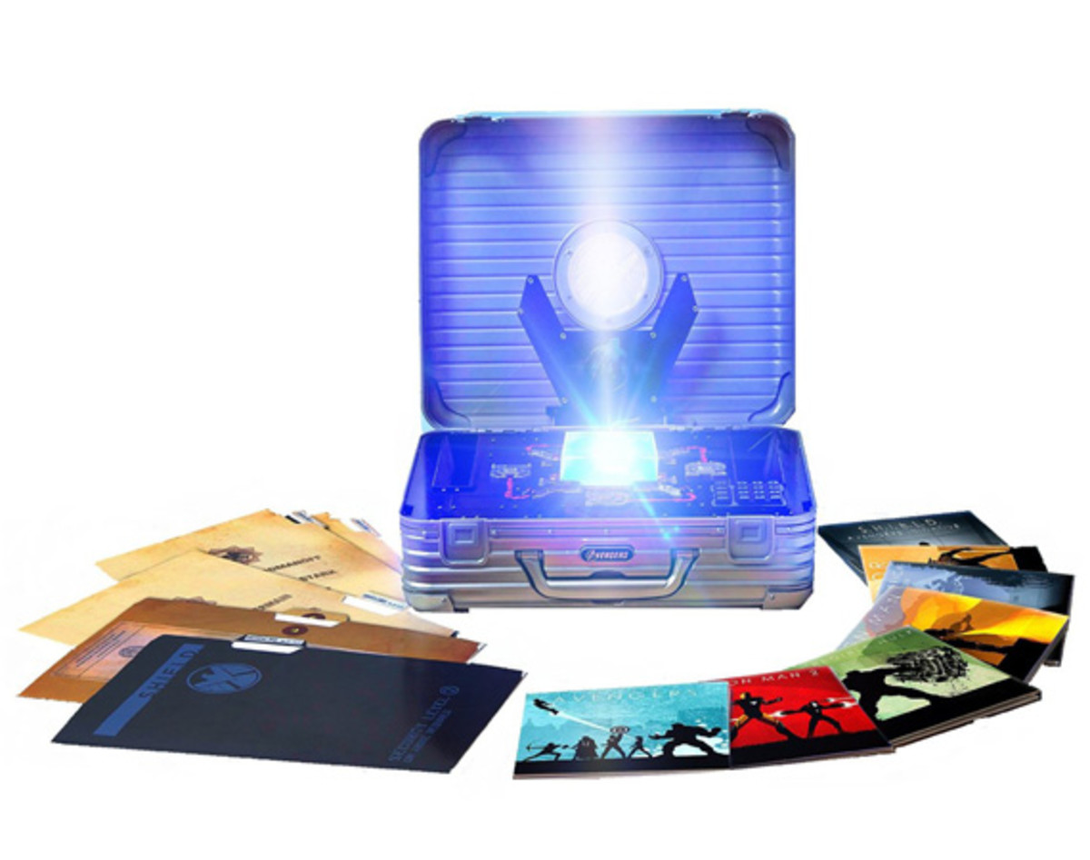marvel-cinematic-universe-phase-one-avengers-assembled-blu-ray-set-00