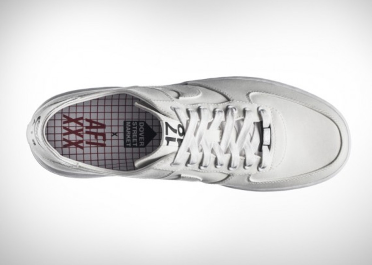 dover street market air force 1