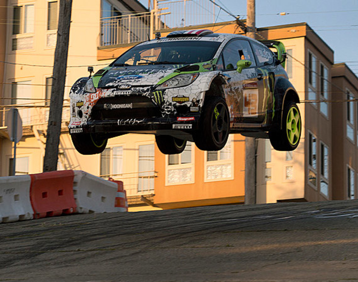 dc-ken-block-gymkhana-five-san-francisco-00