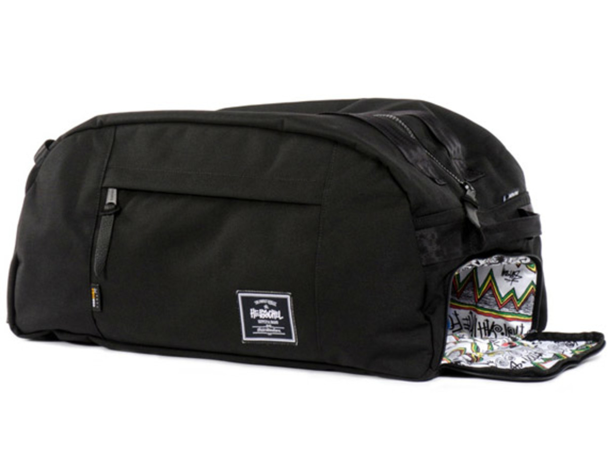 stussy-herscel-supply-co-tom-tom-limited-edition-collection-12