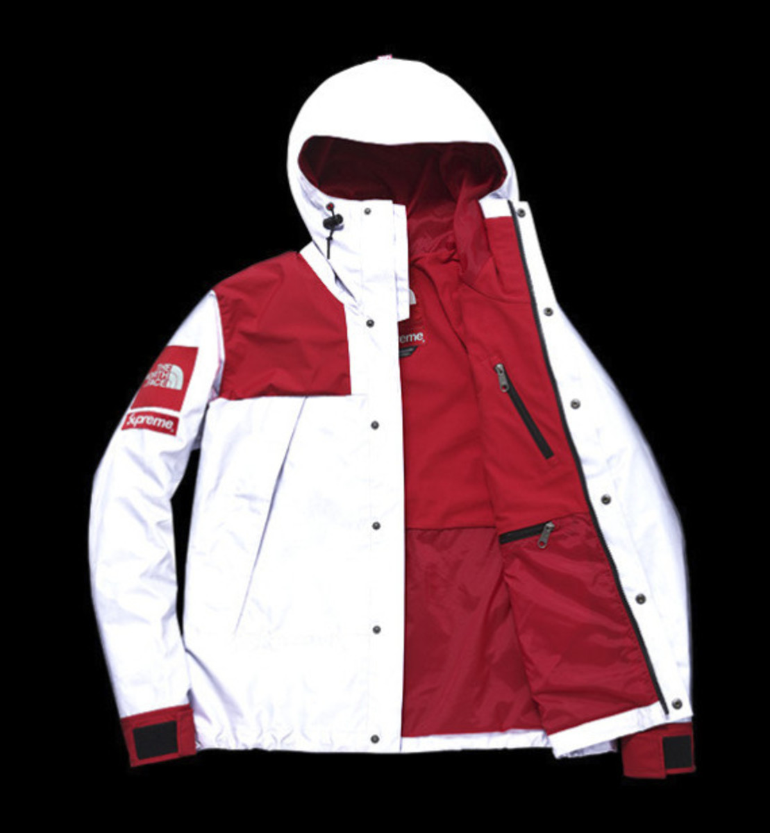 the-north-face-supreme-3m-refelctive-collection-mountain-jacket-07