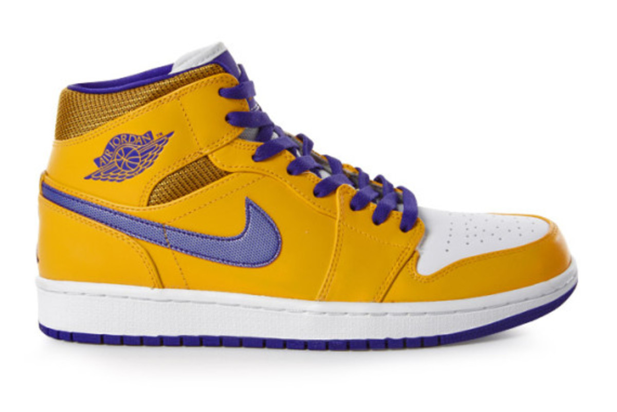 air-jordan-1-mid-lakers-and-pistons-rivalry-pack-03