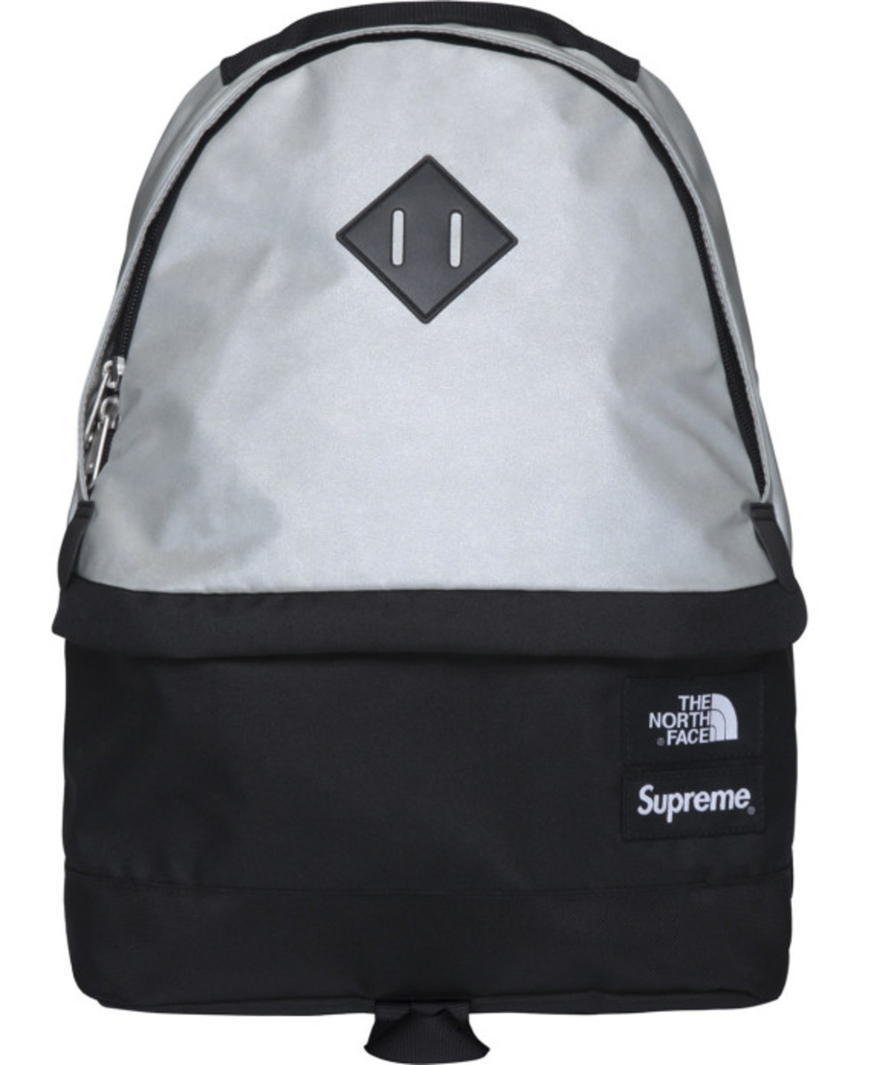 the-north-face-supreme-3m-reflective-medium-day-pack-backpack-003