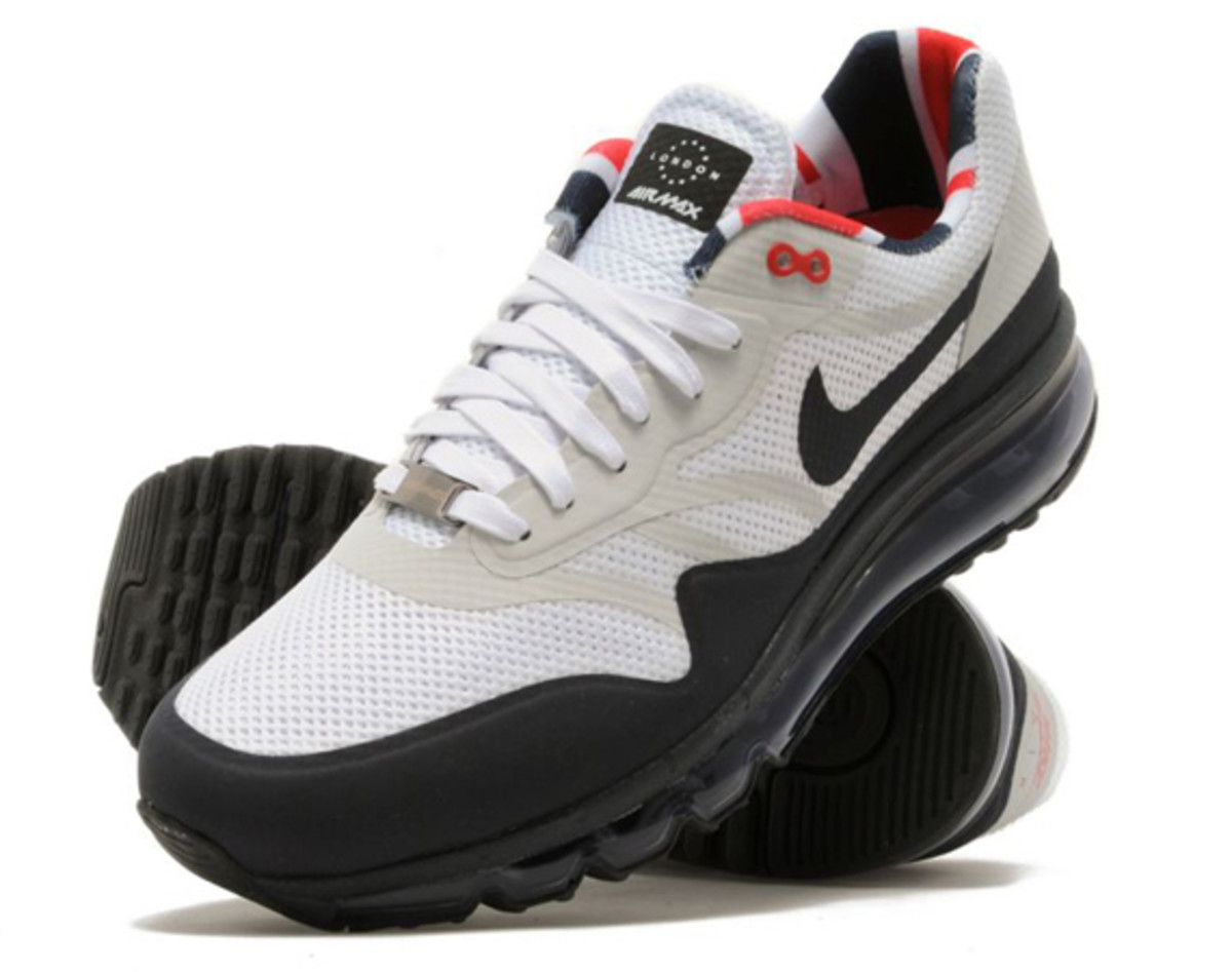 nike-air-max-1-2013-home-turf-collection-london-01
