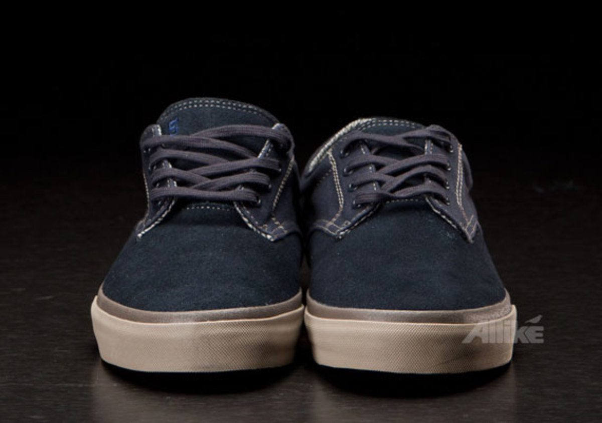 vans-syndicate-derby-available-13