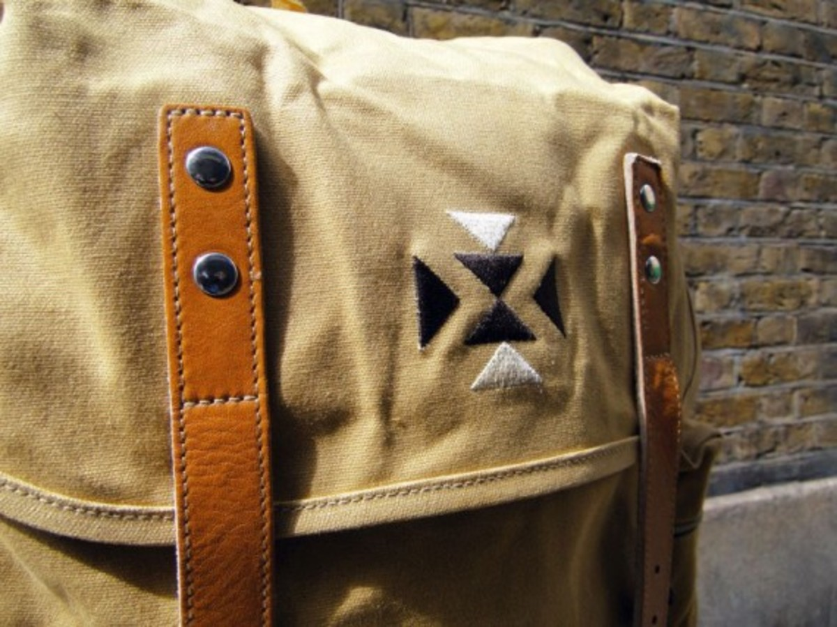 eastpak-by-wood-wood-desertion-collection-11
