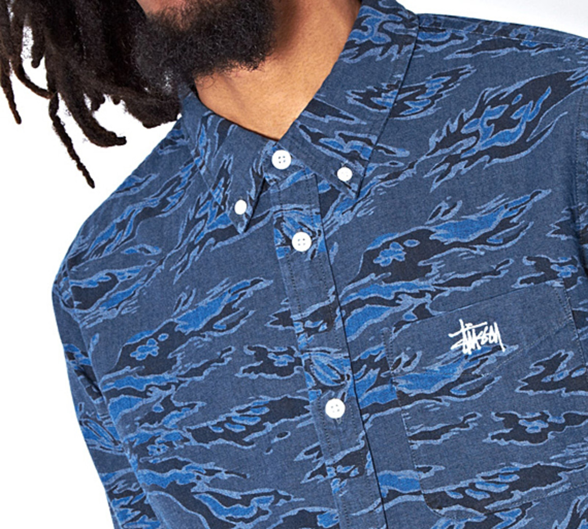 stussy-camo-chambray-shirt-06