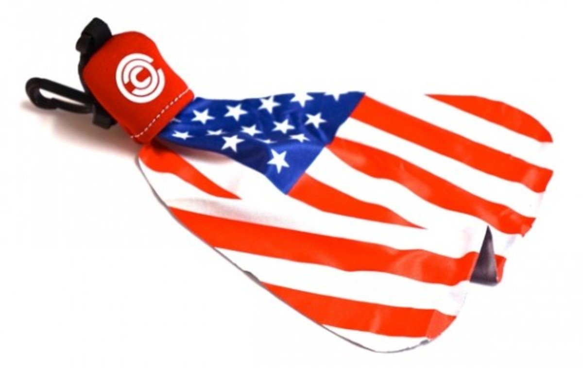 chari-and-co-american-flag-lens-cleaner-02